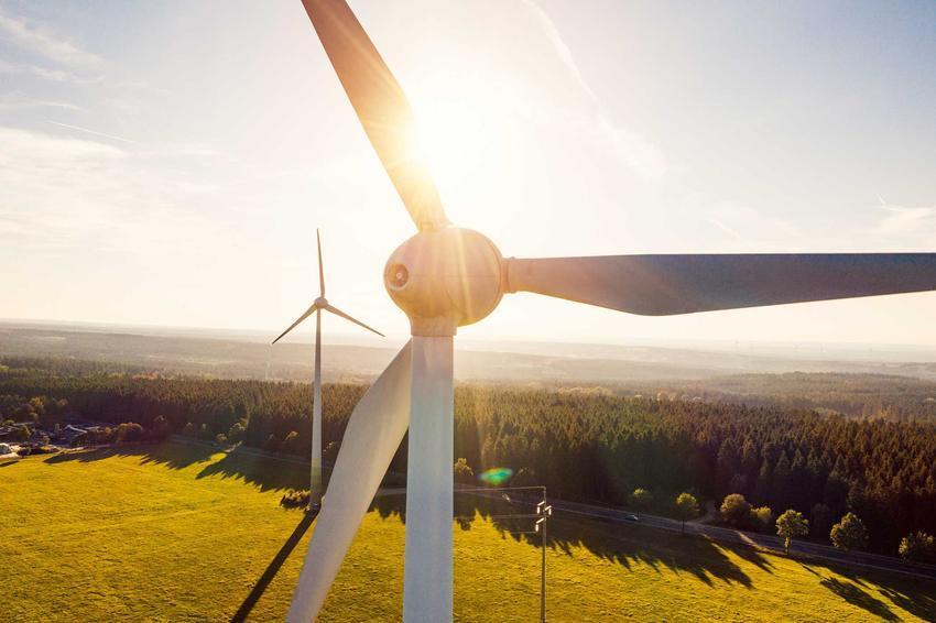Wiatraki z bliska, a także energetyka wiatrowa w Polsce i w Europie - co warto wiedzieć, koszty, opinie