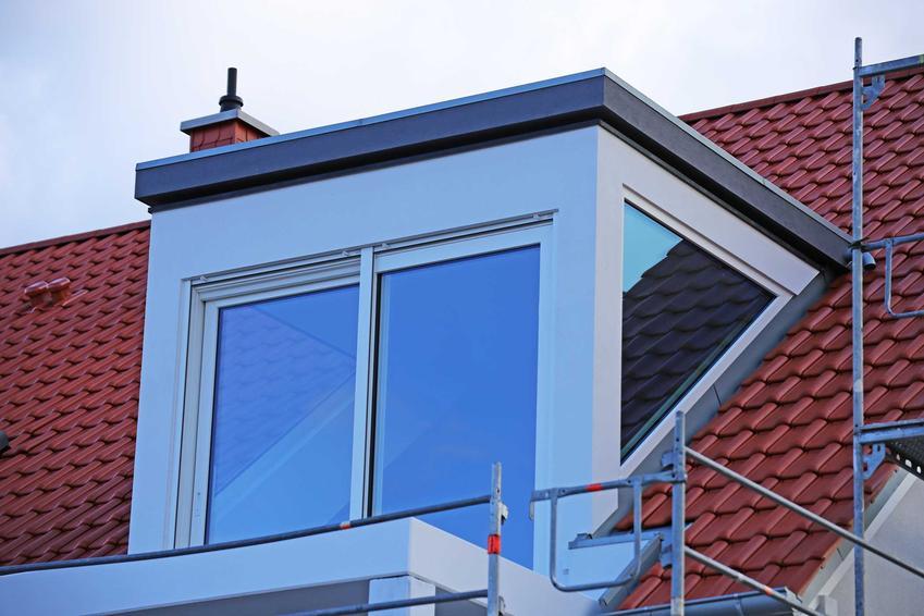 Lukarna dachowa w nowoczesnym wydaniu w nowym budynku, a także sposób montażu, opinie użytkowników, rodzaje oraz opis