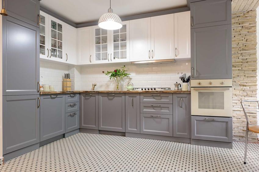 Płytki do kuchni w drobny wzór, a także inne rodzaje płytek do kuchni, rozwiązania i najlepsze modele