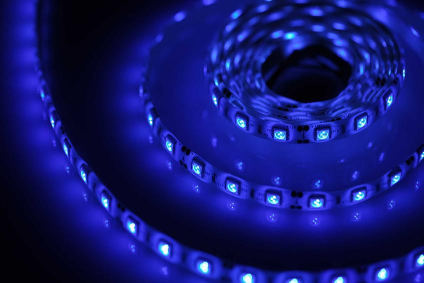 Niebieska barwa światła, a także rodzaje światła, informacje, przeznaczenie żarówek o różnym kolorze, zastosowanie i porady