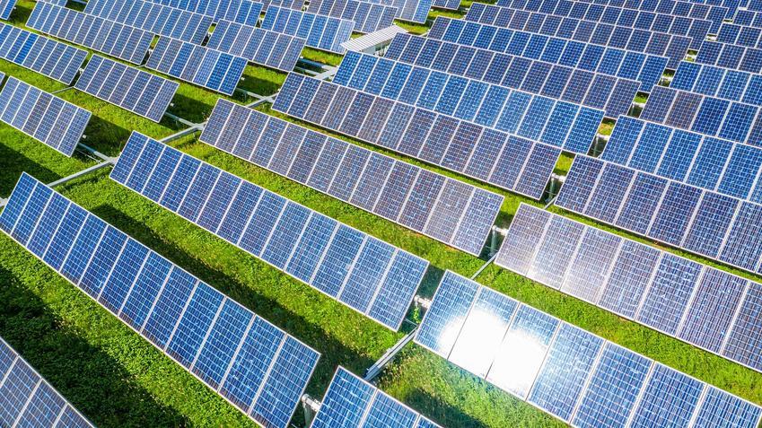 Farma fotowoltaiczna na polu, a także informacje o klasterze energetycznym krok po kroku, informacje, rodzaje oraz zalety