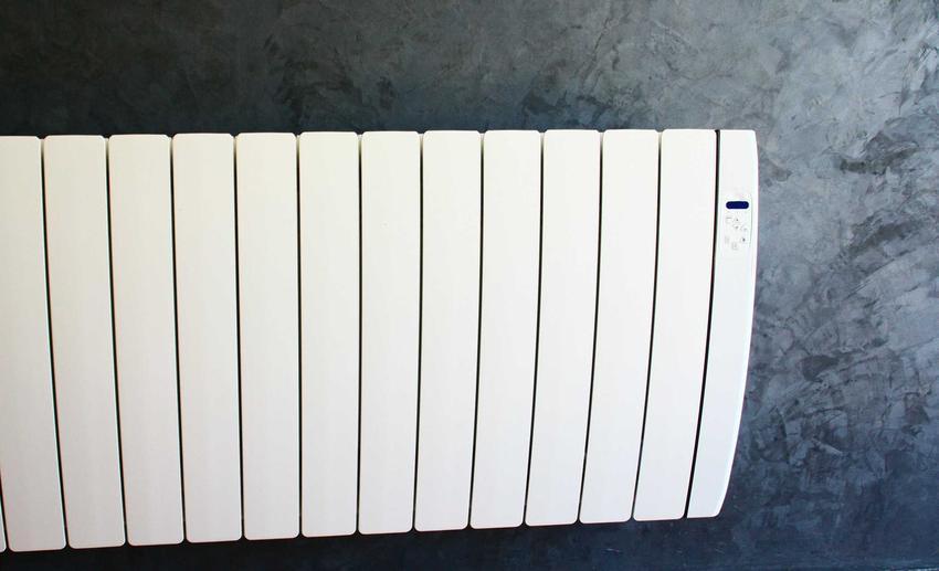 Grzejnik akumulacyjny na ścianie, a także rodzaje, ceny, zasady działania oraz opinie o grzejnikach