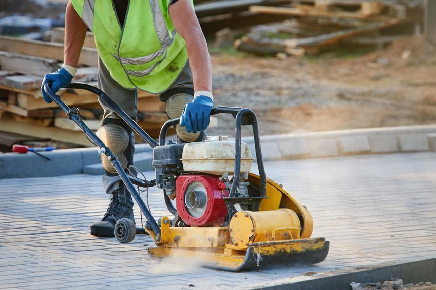 Wibrowanie betonu – dlaczego ma tak duże znaczenie?