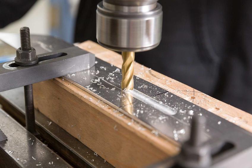 Lamelownica podczas ryflowania drewna, a także opis, rodzaje, ceny, działanie oraz zastosowanie, najlepsi produceni i najlepsze modele