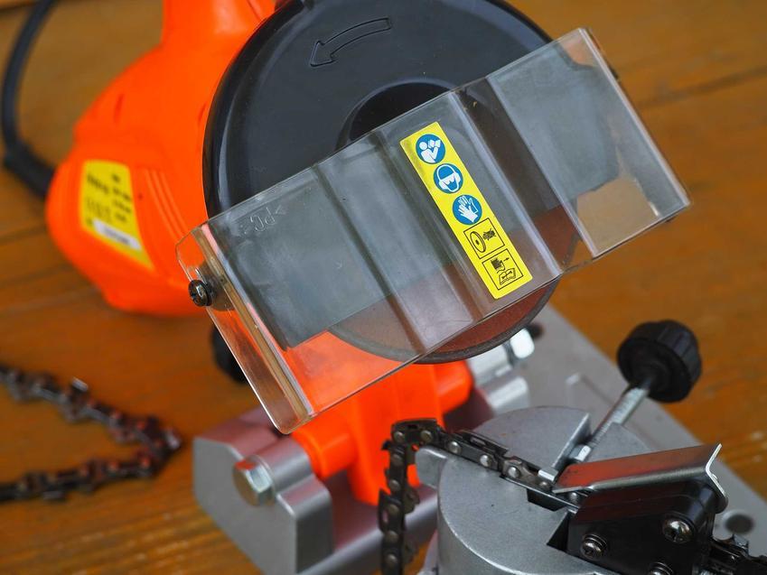 Pomarańczowa ostrzałka do łańcuchów, a także rodzaje urządzeń, działanie, porady, producenci, modele oraz różne rozwiązania