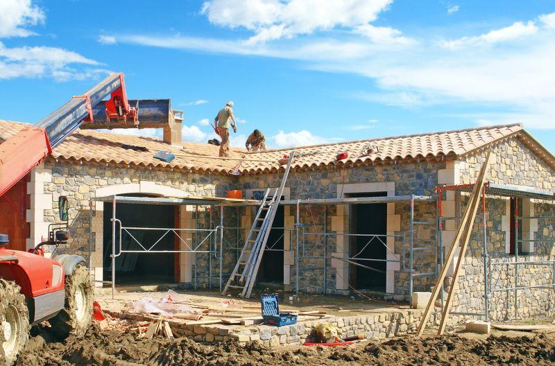 Dom parterowy czy z poddaszem, czyli koszty budowy, wybór, cena, opłacalność, funkcjonalność, rozwiązanie