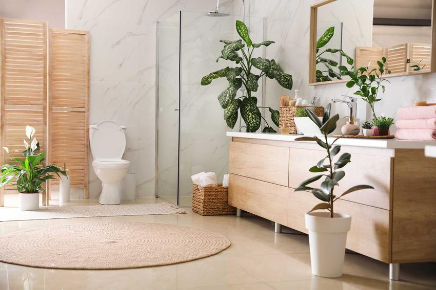 Łazienka ekologiczna z roślinami i drewnianym wykończeniem, a także TOP 4 aranżacje łazienek o najmodniejszych aranżacjach