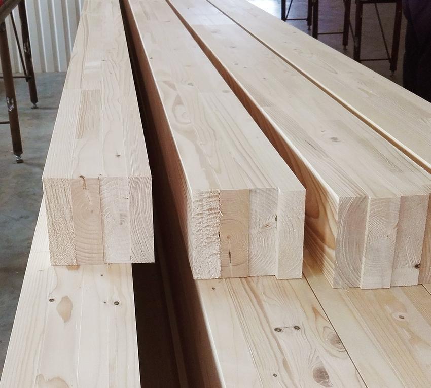 Drewno konstrukcyjne – normy i wymagania techniczne