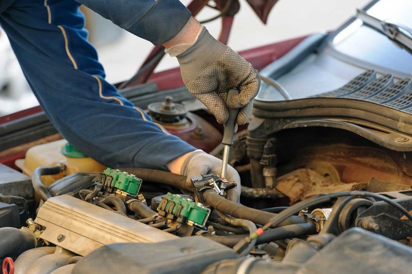 Montaż instalacji gazowej w samochodzie, a także informacje, jakie jest koszt instalacji gazu, cena montażu i eksploatacji