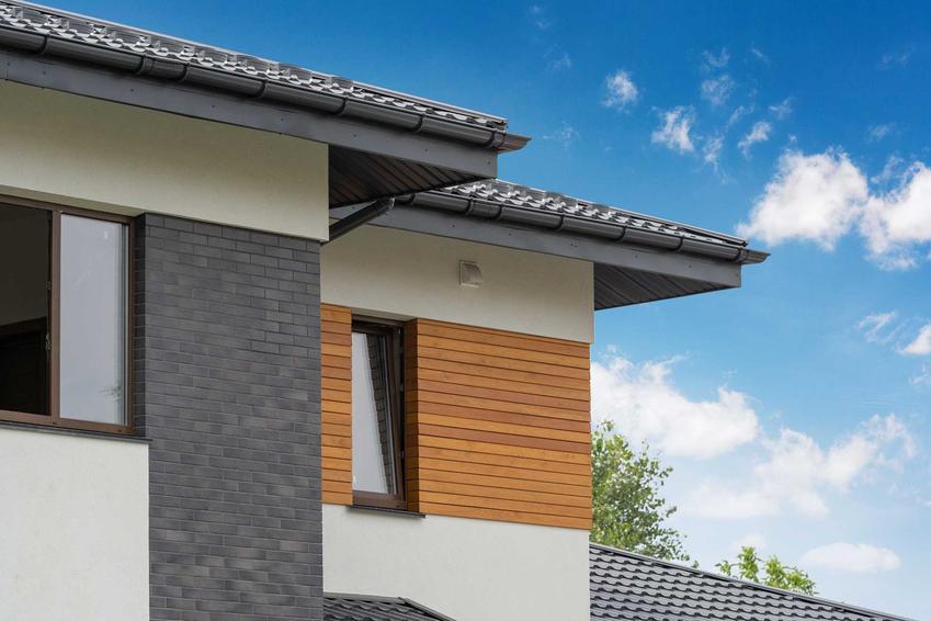 Deska elewacyjna kompozytowa na domu jednorodzinnym, a także opis, montaż, cena i opinie