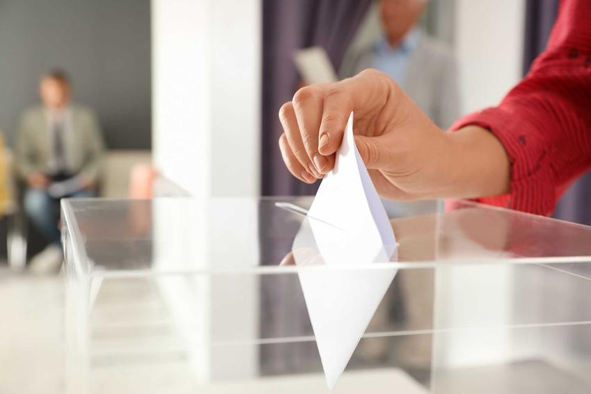 Wrzucanie głosu do urny, a także głosowanie poza miejscem zameldowania, przepisy i porady