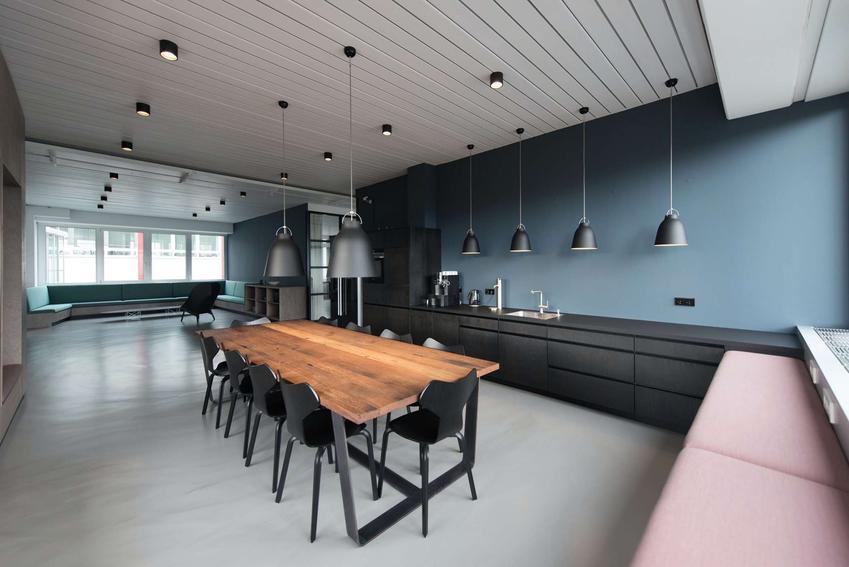 Jak dobrać stół i krzesła do wnętrza? – pomysły, aranżacje, poradyJak dobrać stół i krzesła do wnętrza? – pomysły, aranżacje, porady