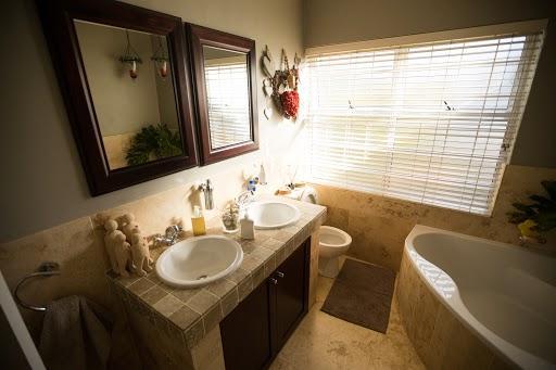 Wanna w małej łazience? To możliwe!