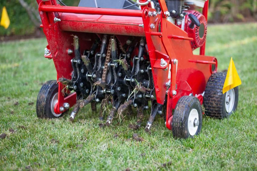 Profesjonalny aerator do trawnika, jak własnoręcznie zrobić skuteczny aerator, z czego zrobić aerator