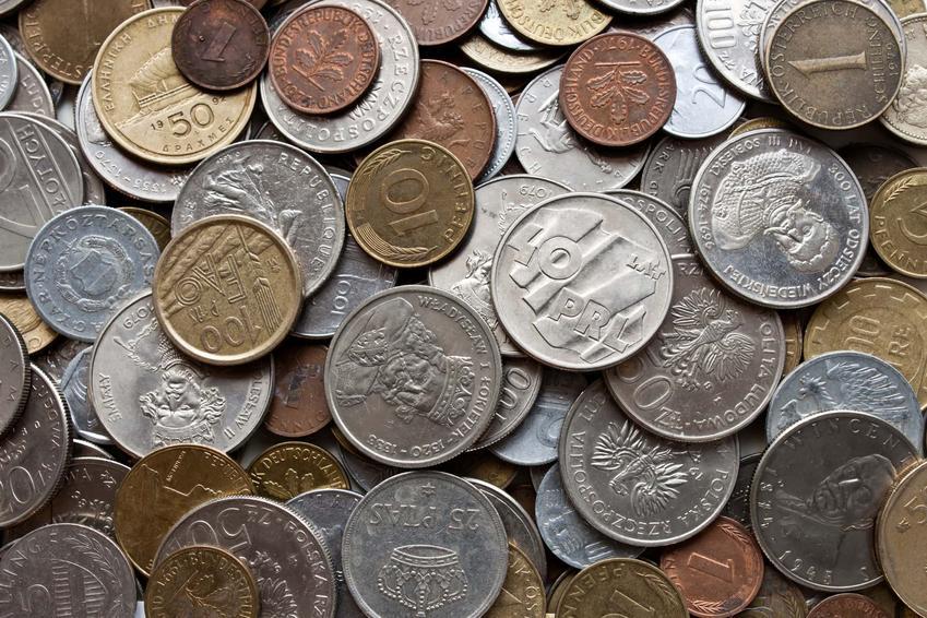 Ciekawy katalog zabytkowych monet, które monety z czasów PRL są najbardziej cenne, wartość monet okolicznościowych