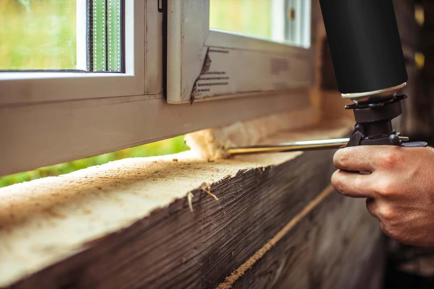 Pianka uszczelniająca okno, poliuretanowa uniwersalna Tytan, opinie na temat pianek budowlanych