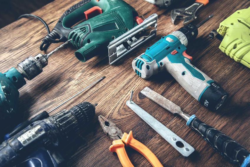 Zestaw narzędzi, które są potrzebne w każdym domu, a także jakie narzędzia trzeba zakupić do domu, rodzaje i marki