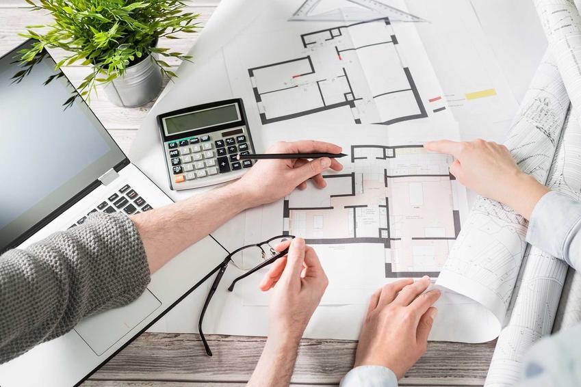 Plany domu jednorodzinnego pozwalają na zrobienie kosztorysu domu o każdej powierzchni, wyliczenie kubatury budynku, ścian, fundamentów i tym podobnych.