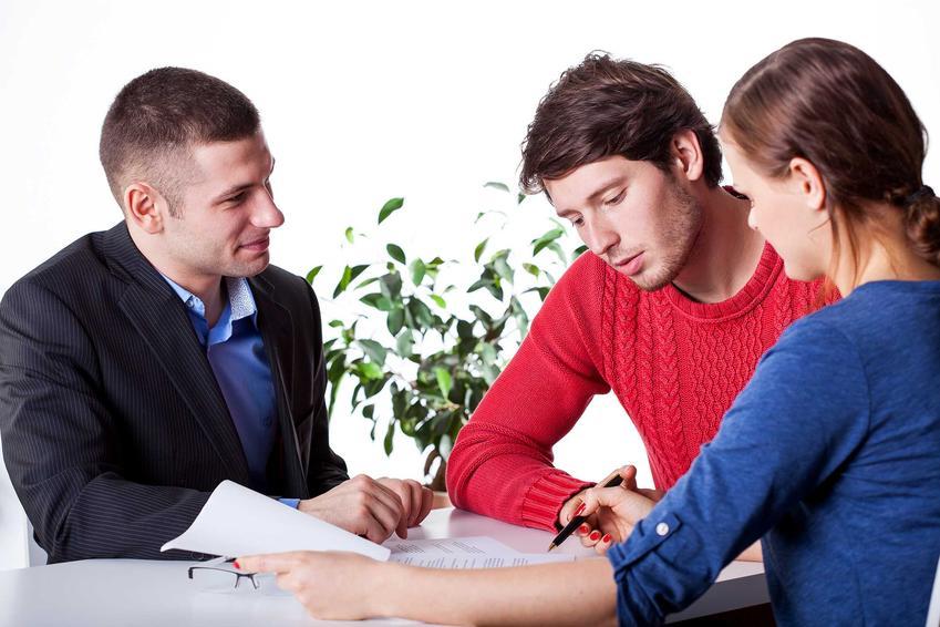 Uiszczenie opłat administracyjnych to pierwszy krok do rozliczenia się z kredytem hipotecznym. Nie pociąga to jednak żadnych dodatkowych kosztów.