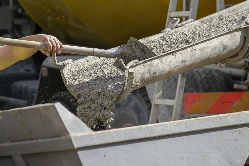Kotwa chemiczna do betonu czasami bywa konieczna. Montaż nie jest trudny, a zastosowanie jest dość szerokie.