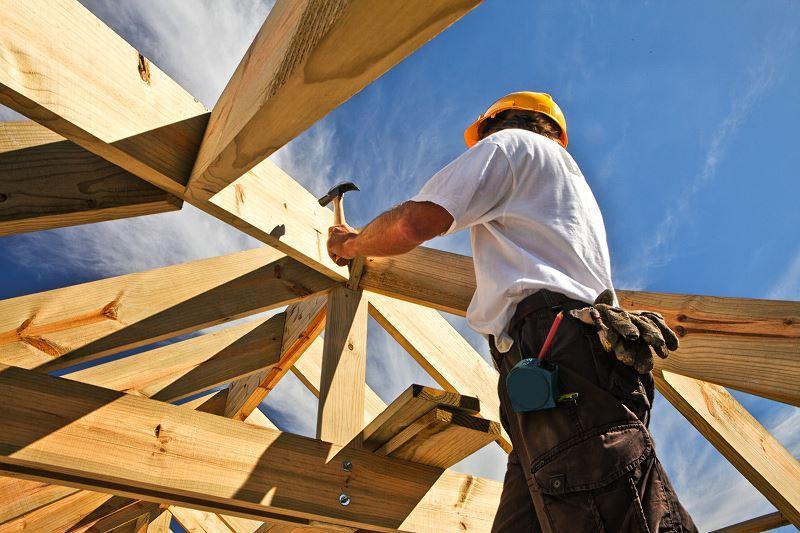 Drewno konstrukcyjne do budowy domu powinno być bardzo wysokiej jakości. Świadczą o tym klasy drewna konstrukcyjnego.