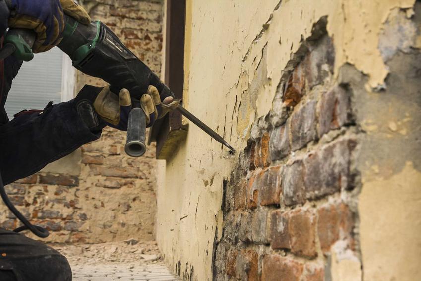 Wyburzanie ściany wewnętrznej to nie jest droga usługa. W zakresie usług znajdują się wyburzenia ścian z betonu lub cegieł, zarówno zewnętrznych, jak i wewnętrznych.