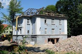 Koszt remontu starego domu i związane z nim formalności