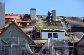 Koszty remontu dachu - liczymy krok po kroku