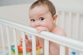 Łóżeczka dziecięce - 10 najważniejszych rzeczy, na które trzeba zwrócić uwagę