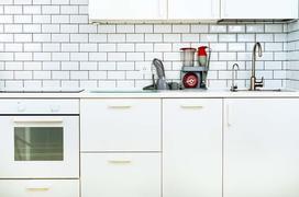 Opinie i ceny mebli kuchennych z IKEA - sprawdź zanim kupisz!