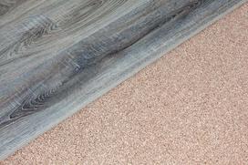 Korek pod panele podłogowe – cena, opinie, zalety i wady