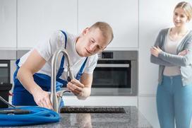 Cennik blatów kuchennych 2021 - ile kosztują blaty i ich montaż