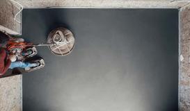Posadzki betonowe - jak wykonać samodzielnie, na co zwrócić uwagę zlecając firmie?