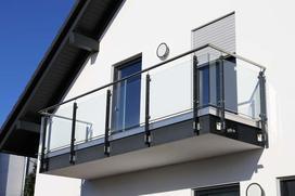 Szklane balustrady i barierki - ceny, rodzaje, porady i ciekawostki