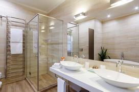 Oświetlenie łazienkowe - jak je zaplanować, aby było efektywne?