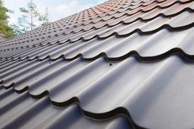 Blacha na dach - co wybrać, na co zwrócić uwagę, ceny i opinie