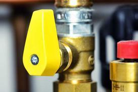 Ile kosztuje przyłącze gazowe i przyłącze wodociągowe do działki budowlanej?