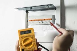 Bezpieczniki w domu - rodzaje, montaż, wymiana, porady