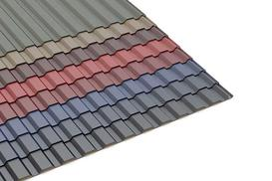 Blacha trapezowa czy dachówka? Jakie pokrycie dachu wybrać?