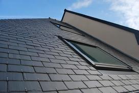 Okna dachowe Fakro - popularne modele, opinie, ceny, właściwości