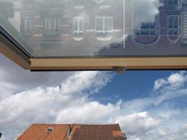 Okna dachowe VELUX - rodzaje okien w ofercie, opinie, ceny, porady przy zakupie
