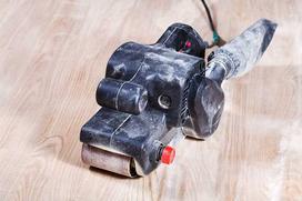 Samodzielne cyklinowanie, szlifowanie i lakierowanie parkietu - instrukcja krok po kroku