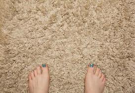 Tanie dywany - gdzie ich szukać, na co zwrócić uwagę przy zakupie