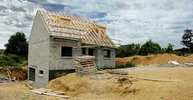 Tani dom, czyli jak wybudować go niewielkim kosztem?