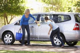 Myjesz samochód na własnej posesji? Uważaj na mandaty