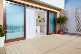 Drzwi balkonowe przesuwne – rodzaje, opinie, ceny, porady dla kupujących