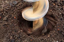 Wiercenie studni głębinowych – co, gdzie, jak i w jakiej cenie