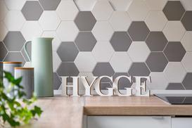 Płytki heksagonalne (sześciokątne) – opinie, ceny, porady przedzakupowe