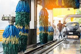 Cennik myjni samochodowych 2021 - sprawdź aktualne ceny w Twoim mieście