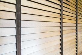 Żaluzje drewniane - rodzaje, ceny, opinie, wiodący producenci, porady